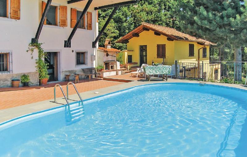 Casetta 1 1186865,Apartamento en Loro Ciuffenna Ar, en Toscana, Italia  con piscina privada para 4 personas...