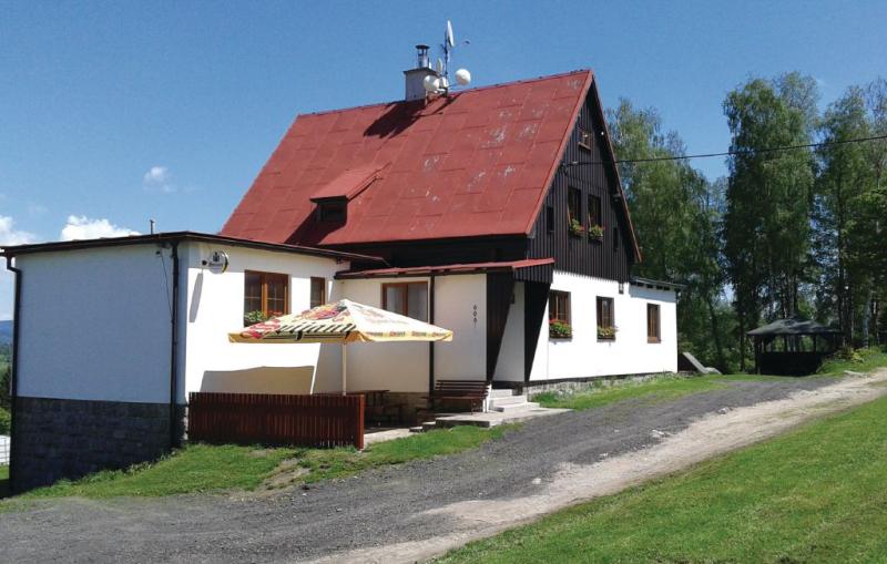 1187053,Casa en Nová Ves N-nisou, Královéhradecký kraj, Chequia para 18 personas...