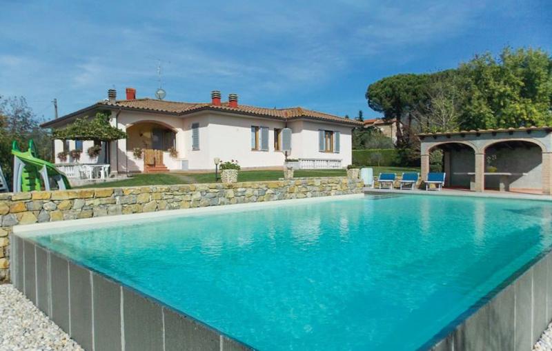 Villa il pruno 1187127,Casa en Vicchio Fi, en Toscana, Italia  con piscina privada para 10 personas...