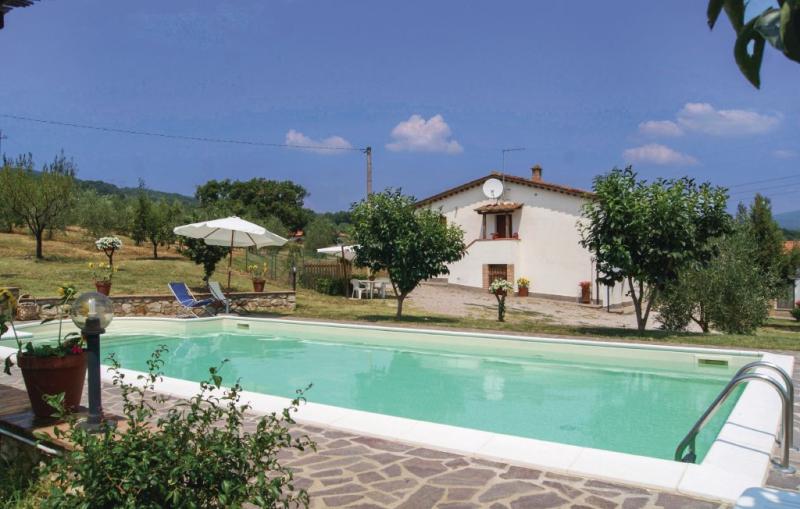 Villa elena 1187139,Vivienda de vacaciones en Roccastrada Gr, en Toscana, Italia  con piscina privada para 8 personas...