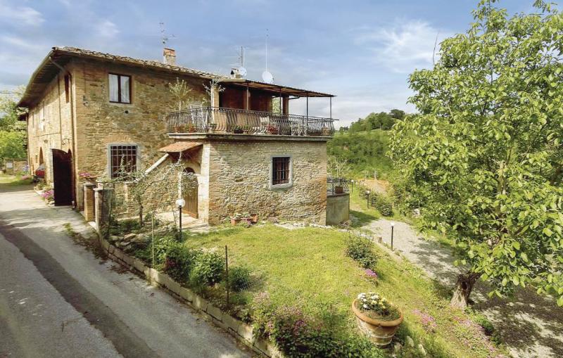 Pergola 1187341,Apartamento  con piscina comunitaria en Montaione Fi, en Toscana, Italia para 4 personas...