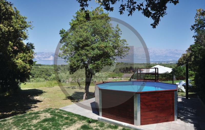 1188215,Casa en Pucisca, Dalmatia Islands, Croacia para 4 personas...