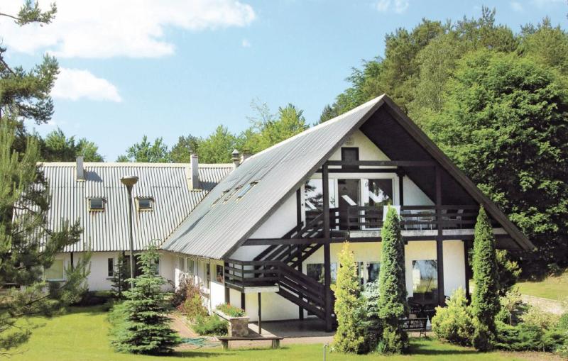 1110614,Vivienda de vacaciones grande en Suleczyno, Pomerania, Polonia para 22 personas...
