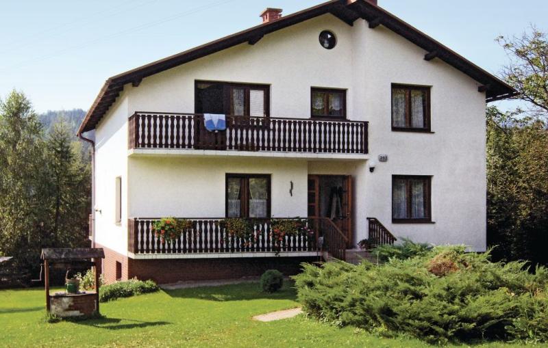 1110856,Vivienda de vacaciones en Grybòw, Beskidy, Polonia para 10 personas...