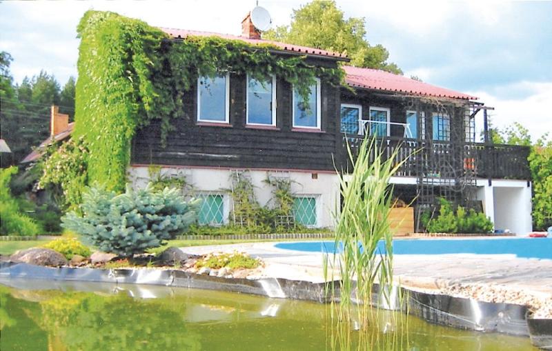 1111008,Vivienda de vacaciones  con piscina privada en Lubiecin, Western lakes-Wielkopolska, Polonia para 7 personas...