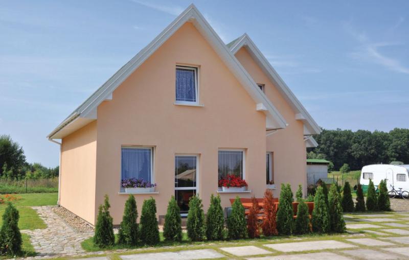 1174630,Vivienda de vacaciones  con piscina privada en Sianów, Rowy-Baltic sea, Polonia para 6 personas...