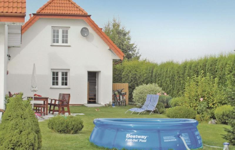 1183215,Vivienda de vacaciones en Grzybowo, Rowy-Baltic sea, Polonia  con piscina privada para 4 personas...