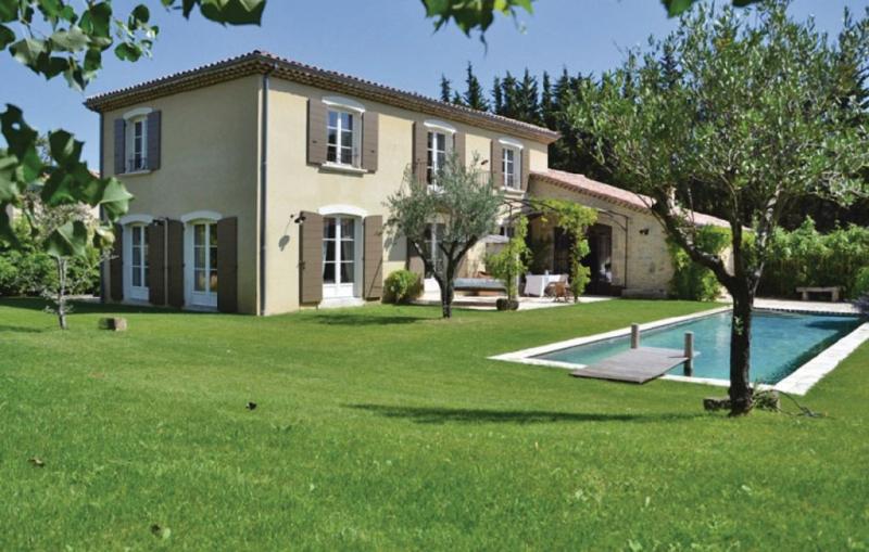 1188984,Vivienda de vacaciones en Loriol Sur Drôme, Drôme, Francia  con piscina privada para 14 personas...