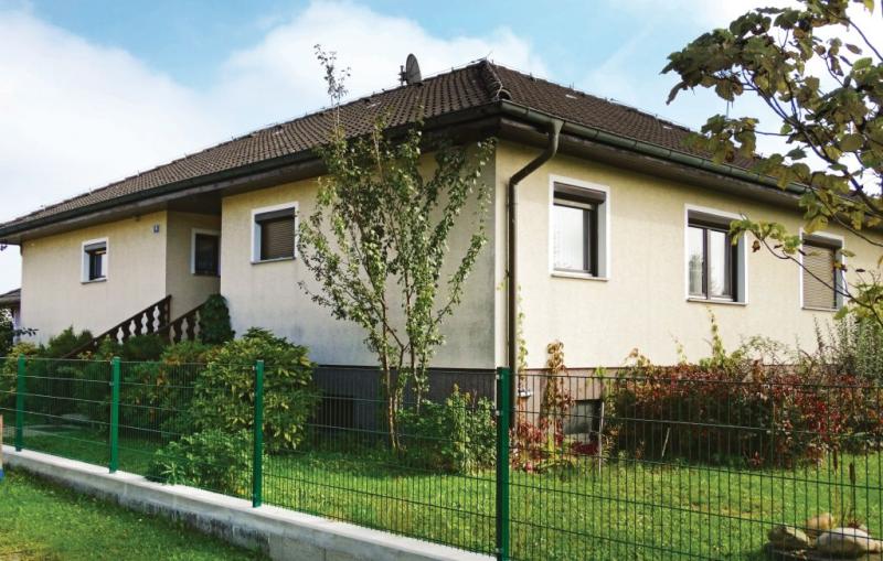 1189143,Casa  con piscina comunitaria en Stegersbach, Burgenland, Austria para 5 personas...