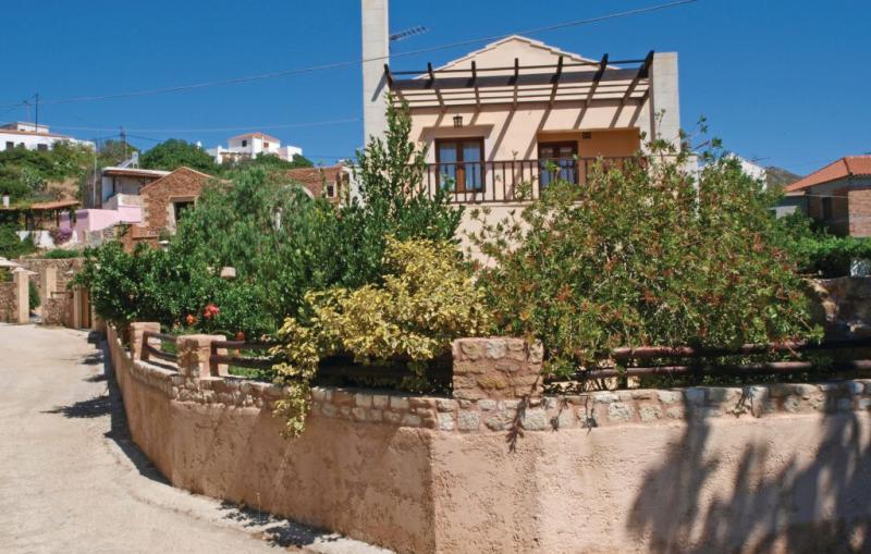 Giorgos 1189172,Vivienda de vacaciones en Chania, Crete, Grecia  con piscina privada para 4 personas...