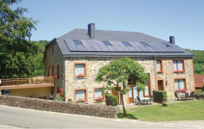Appartement b  on lecurie 1189270,Ferienwohnung  mit gemeinsamem Pool in Haut-Fays, Luxembourg, Belgien für 6 Personen...