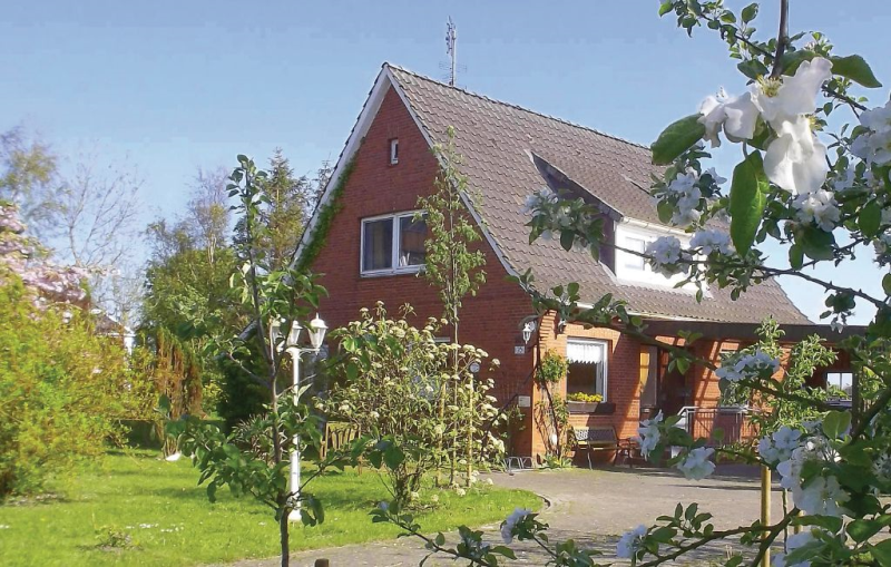 1190218,Casa en Balje, Lower Saxony, Alemania  con piscina comunitaria para 6 personas...