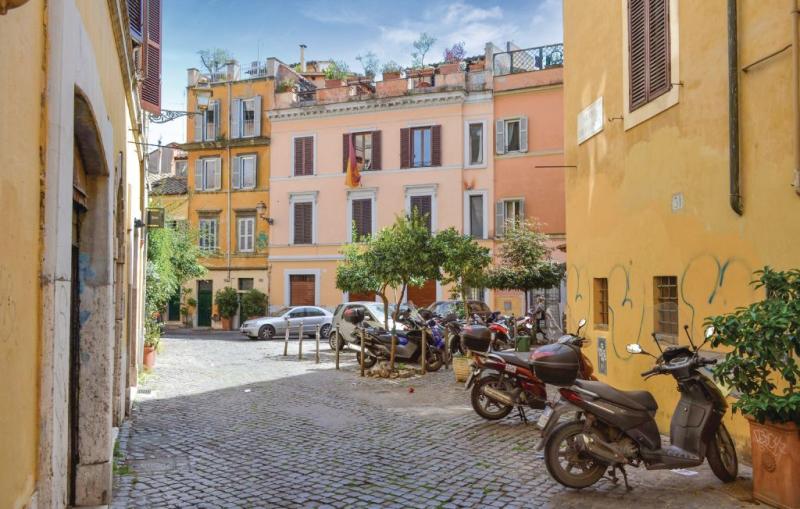 1190442,Apartamento  con piscina comunitaria en Roma (Rm), Rome, Italia para 5 personas...