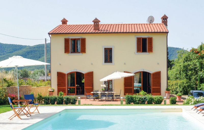 Villa santantonio 1191383,Casa en Castiglion Fiorentino, en Toscana, Italia  con piscina comunitaria para 6 personas...