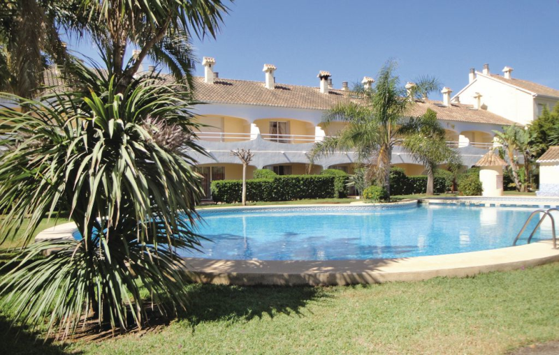 1191798,Vivienda de vacaciones  con piscina privada en Denia, en la Costa Blanca, España para 4 personas...
