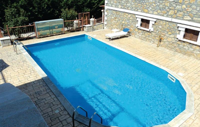 1191983,Vivienda de vacaciones  con piscina privada en Paralio Astros, Peloponese, Grecia para 5 personas...