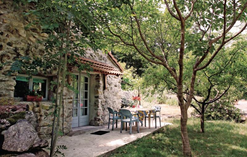 1192208,Vivienda de vacaciones en Mayres, Ardèche, Francia  con piscina privada para 4 personas...