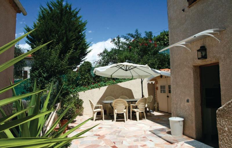 1192528,Apartamento en La Trinite, Provence-Alpes-Côte d'Azur, Francia  con piscina privada para 4 personas...