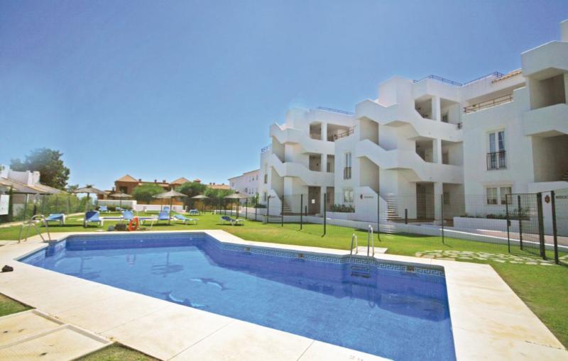 1193049,Apartamento  con piscina privada en Manilva, Andalucía, España para 5 personas...