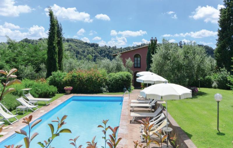Fienile 1193467,Casa  con piscina privada en Montopoli V.no Pi, en Toscana, Italia para 9 personas...