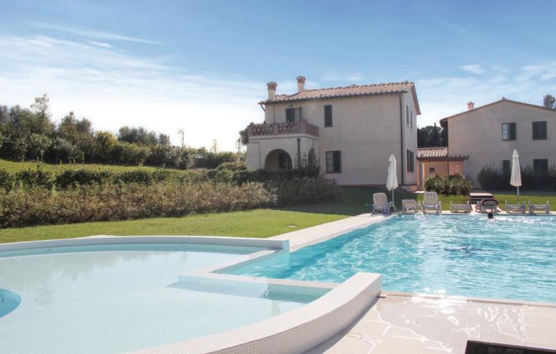Melograno 1194101,Vivienda de vacaciones  con piscina privada en Cerreto Guidi Fi, en Toscana, Italia para 6 personas...