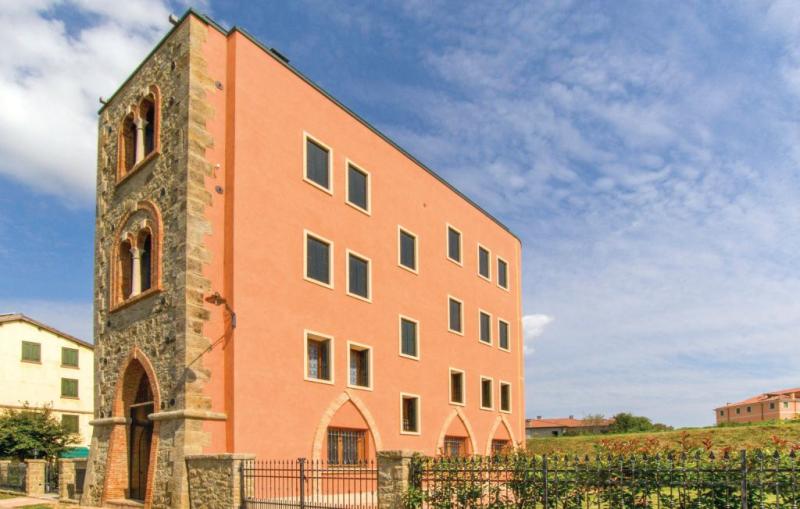 Torre burchia 1 1194563,Apartamento en Albettone -Vi-, Veneto, Italia  con piscina comunitaria para 4 personas...