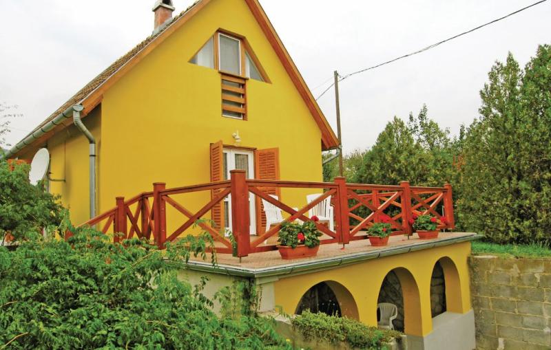 1194597,Vivienda de vacaciones en Balatongyörök, Balaton Felvidek, Hungría para 4 personas...