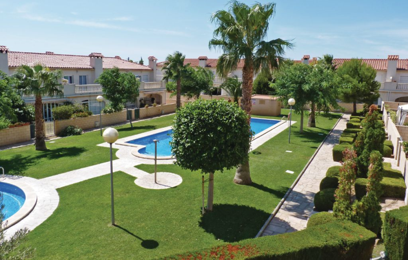 1194664,Vivienda de vacaciones en Miami Platja, en la Costa Dorada, España  con piscina privada para 6 personas...