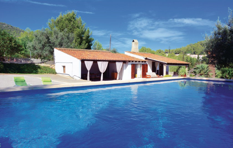 1194693,House in Capdepera, Mallorca, Spain  with private pool for 3 persons...