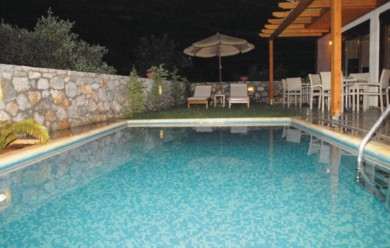 1194925,Vivienda de vacaciones  con piscina privada en Stalida Crete, Crete, Grecia para 6 personas...