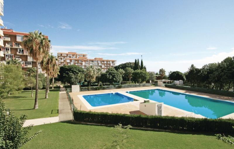 1195126,Apartamento en Benalmádena, Andalucía, España  con piscina privada para 2 personas...