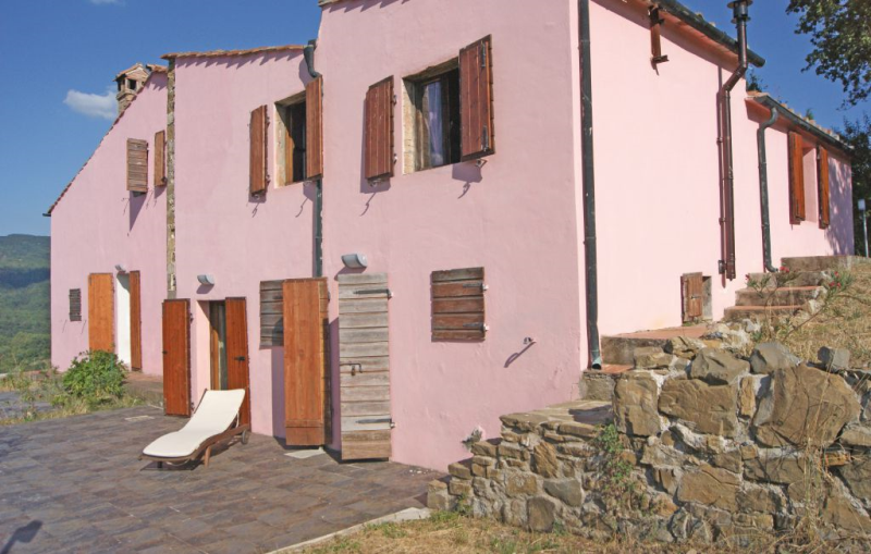 1195250,Apartamento  con piscina comunitaria en Sasso Pisano -Pi-, en Toscana, Italia para 4 personas...
