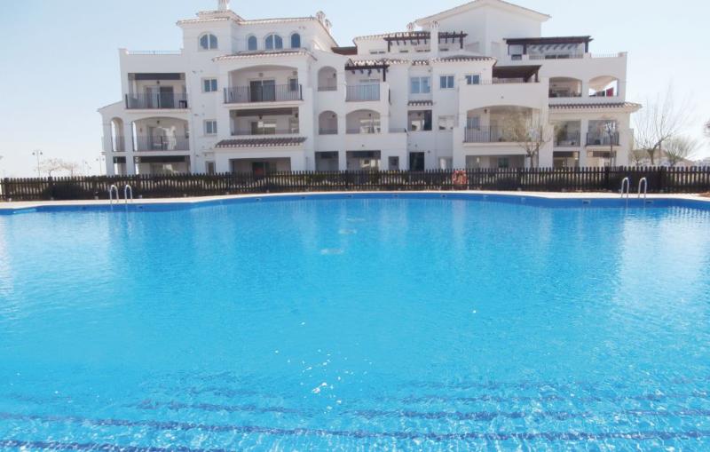 1195316,Apartamento en Sucina, Murcia, Murcia, España  con piscina privada para 4 personas...