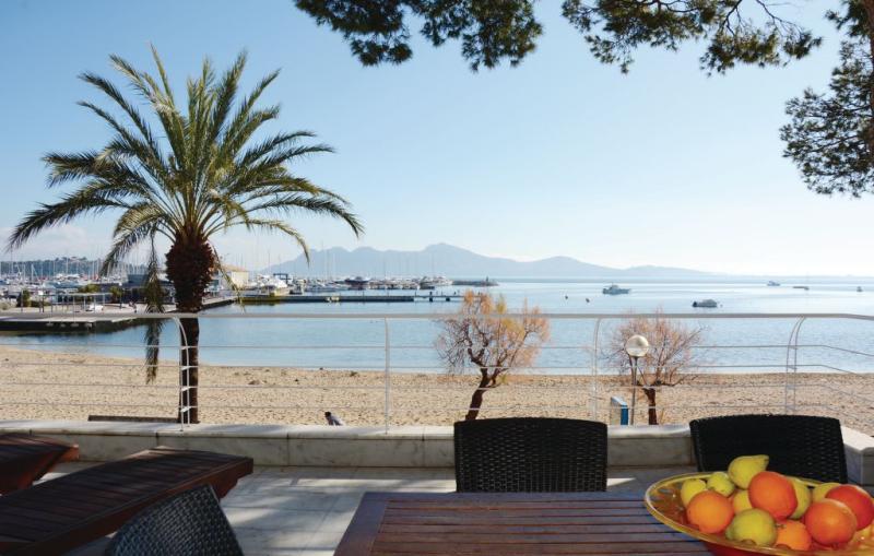 1195665,Apartment in Puerto De Pollensa, Mallorca, Spain for 6 persons...