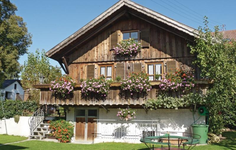 1196134,Casa en Tännesberg, Bavaria, Alemania  con piscina comunitaria para 4 personas...