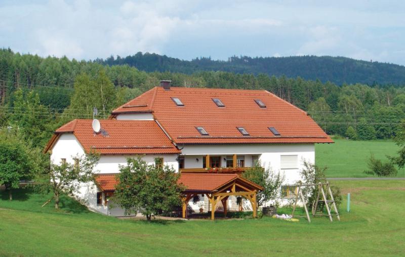 1196145,Apartamento en Floß, Bavaria, Alemania para 8 personas...