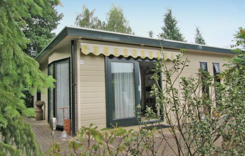 Rsidence belmonde bung 22 1196671,Недвижимость   с общим бассейном на 4 человекa в Stegeren, Overijssel, в Голландии...