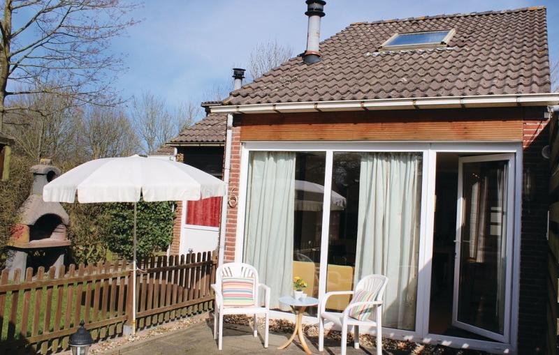 Bungalowpark de tong 1197026,Vivienda de vacaciones en Bruinisse, Zeeland, Holanda para 6 personas...