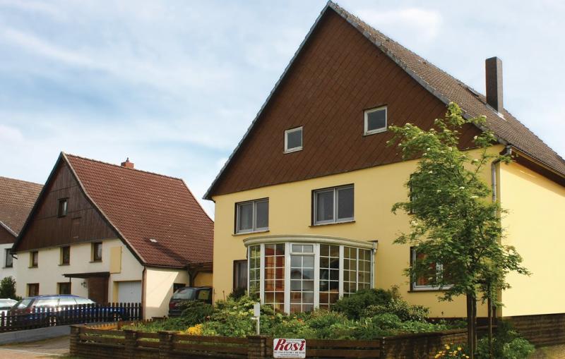 1197306,Apartamento en Ottenstein-lichtenhag., Teutoburgian Forest, Alemania  con piscina comunitaria para 6 personas...