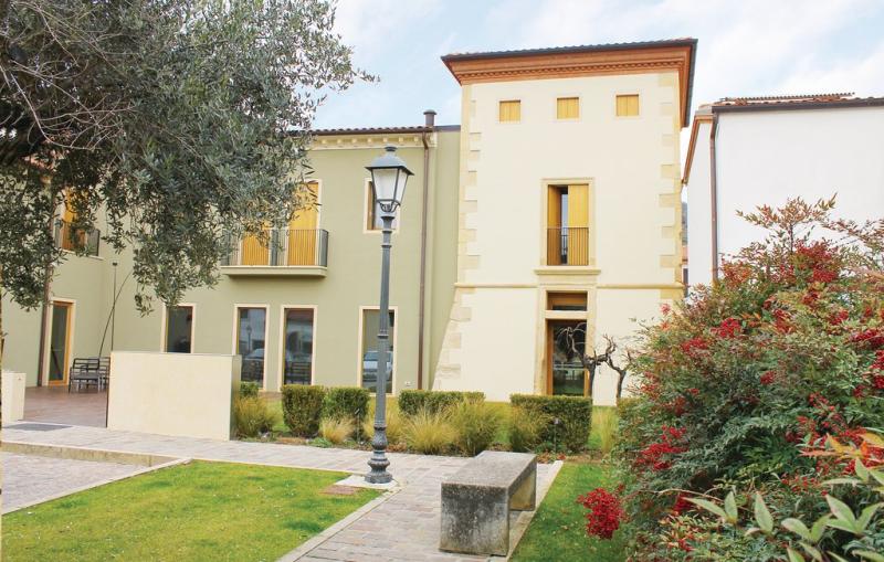 Appartamento la torre 1197566,Apartamento en Barbarano Vicentino Vi, Veneto, Italia para 4 personas...