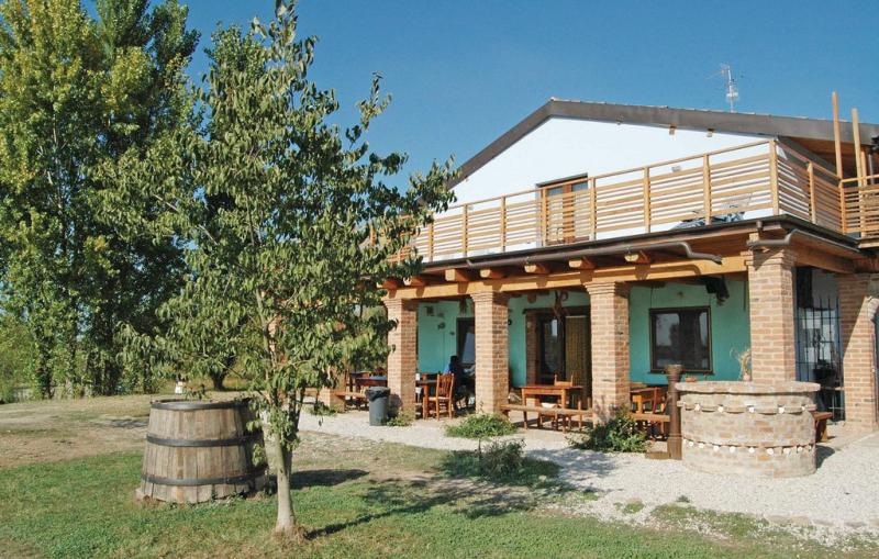 1b lv4 1197954,Apartamento en Gambulaga Fe, Emilia-Romagna, Italia para 4 personas...