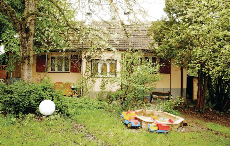 1198140,Casa en Arzberg, Bavarian Forest, Alemania  con piscina comunitaria para 2 personas...