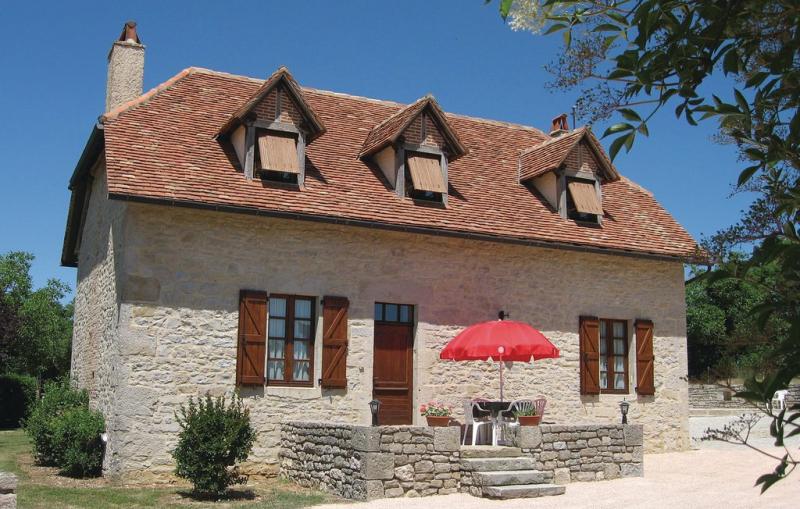 La martine 1198205,Vivienda de vacaciones  con piscina privada en Padirac, Lot-et-Garonne, Francia para 7 personas...