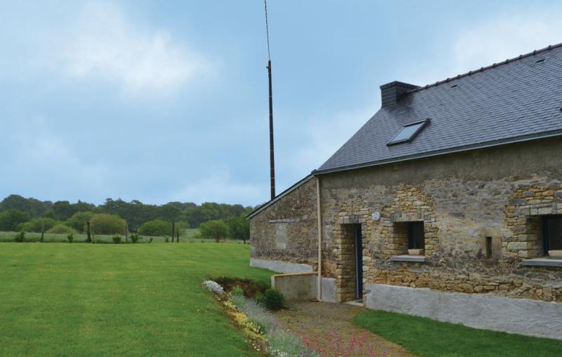 1198962,Vivienda de vacaciones en Colpo, Brittany, Francia para 3 personas...