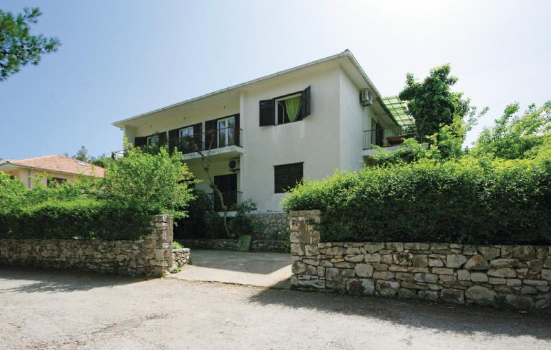 1199013,Apartamento en Jelsa, Dalmatia, Croacia para 4 personas...