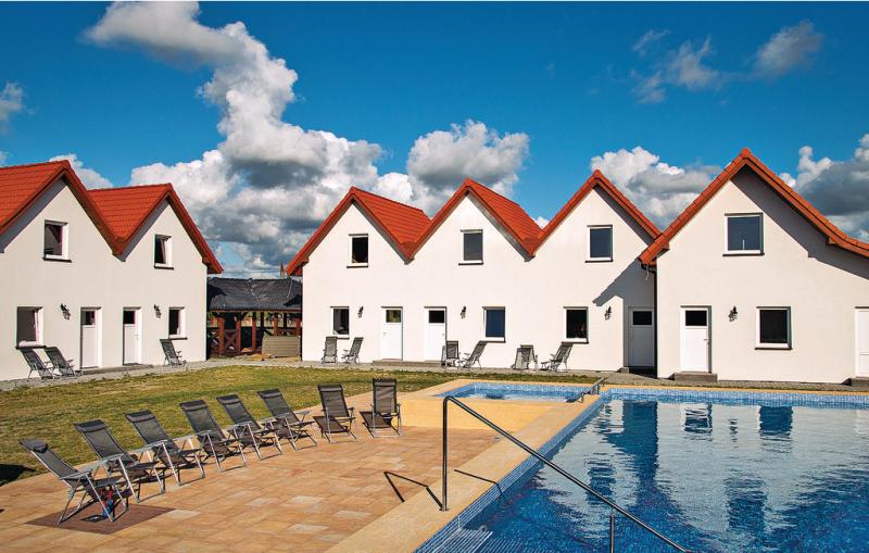 Dom szeregowy 1199511,Vivienda de vacaciones  con piscina privada en Darlowo, Rowy-Baltic sea, Polonia para 5 personas...