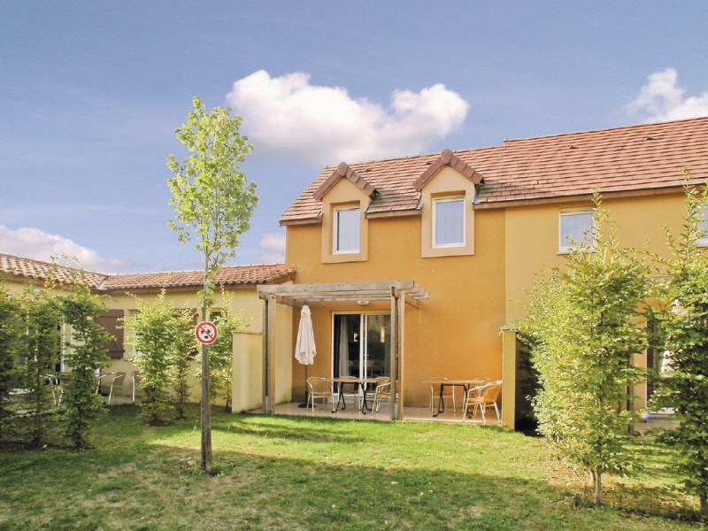 1179534,Apartamento  con piscina privada en Montignac, Dordogne, Francia para 4 personas...