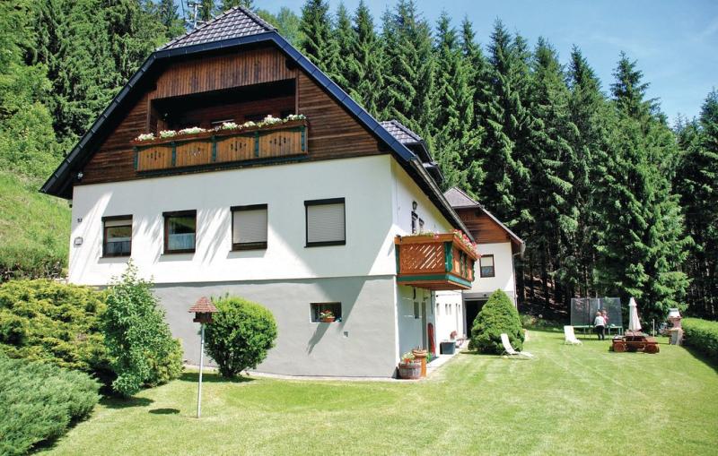 1198059,Apartamento en St. Gertraud, Carinthia, Austria  con piscina comunitaria para 6 personas...