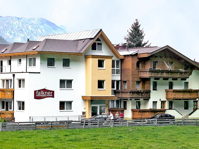 Falkner 14843,Apartamento  con piscina privada en Längenfeld, Tirol, Austria para 2 personas...