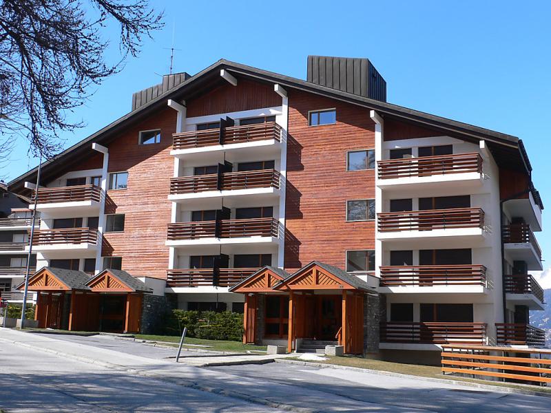 Valdor 142915,Apartamento en Crans-Montana, Valais, Suiza  con piscina privada para 2 personas...